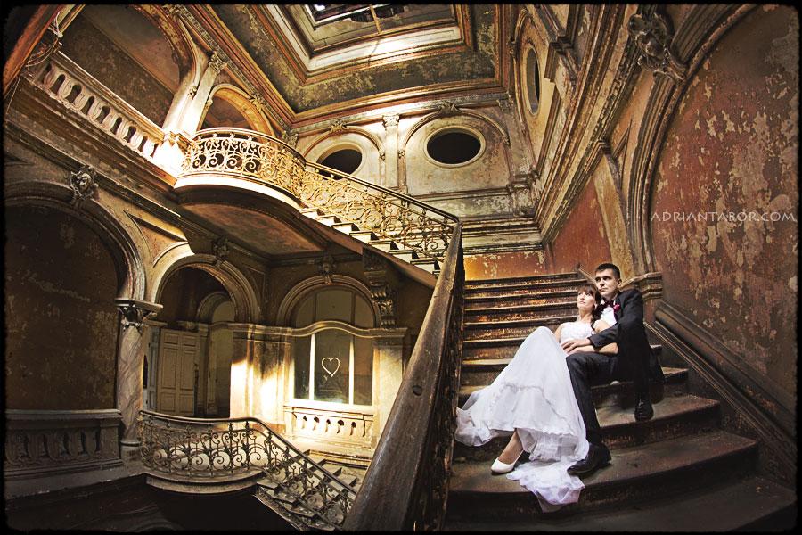 Sesja ślubna w starym pałacu adrian tabor